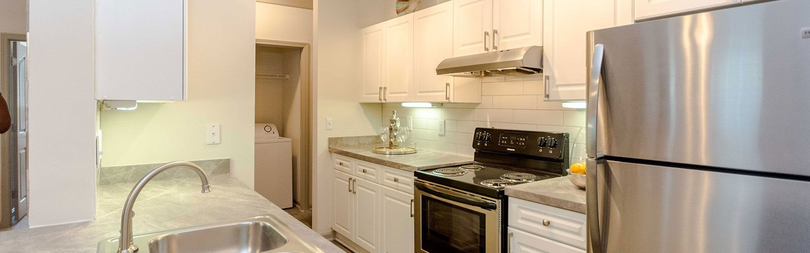 Eat-in Kitchens at The Views at Jacks Creek, Snellville, GA, 30039