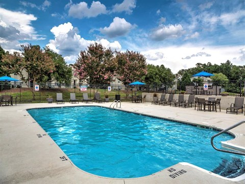 Village at Cliffdale outdoor pool