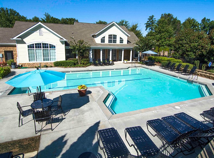 Swimming Pool Lounge Seating at Parkside Vista in Atlanta, GA 30340
