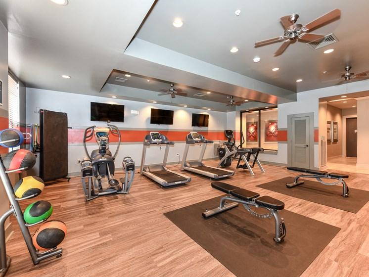 Fitness Center With Modern Equipment at Bristol on Union, Memphis, TN, 38104