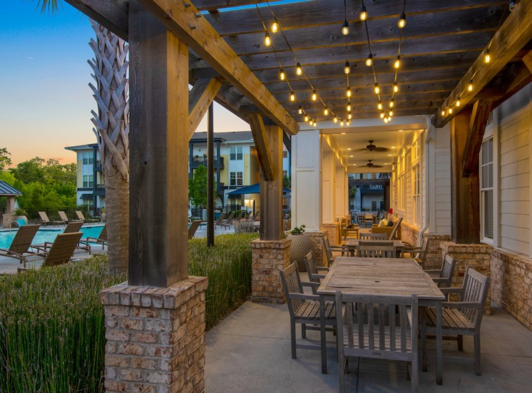 Resident Outdoor Lounge at Spyglass Seaside