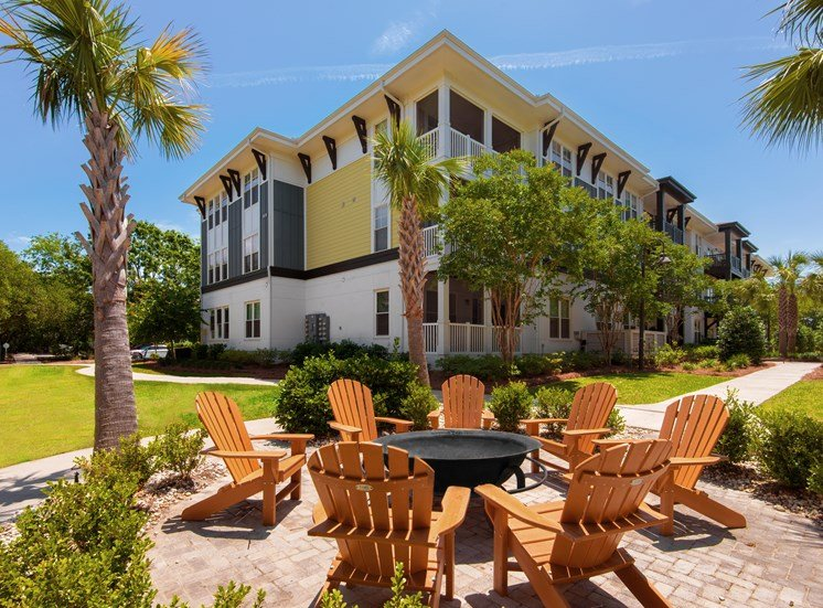 Outdoor Resident Fire Pit and open space at Spyglass Seaside