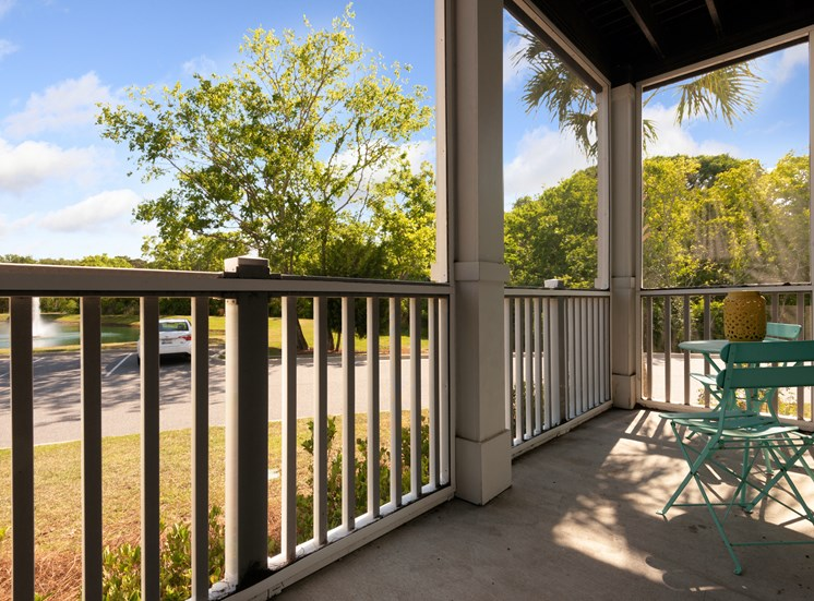 Resident Screened-in Patio at Spyglass Seaside