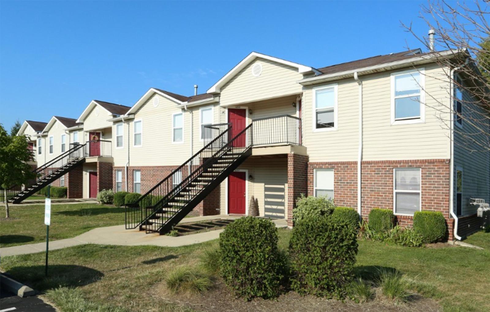 Apartment building exterior_Cameron Creek Apartments, Galloway, OH 43119