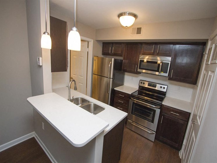 Apartment Kitchen-Quality Hill Square, Kansas City, MO