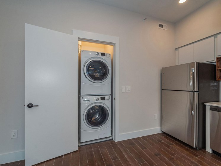 washer and dryer_Columbia Flats Apartments Cincinnati, OH