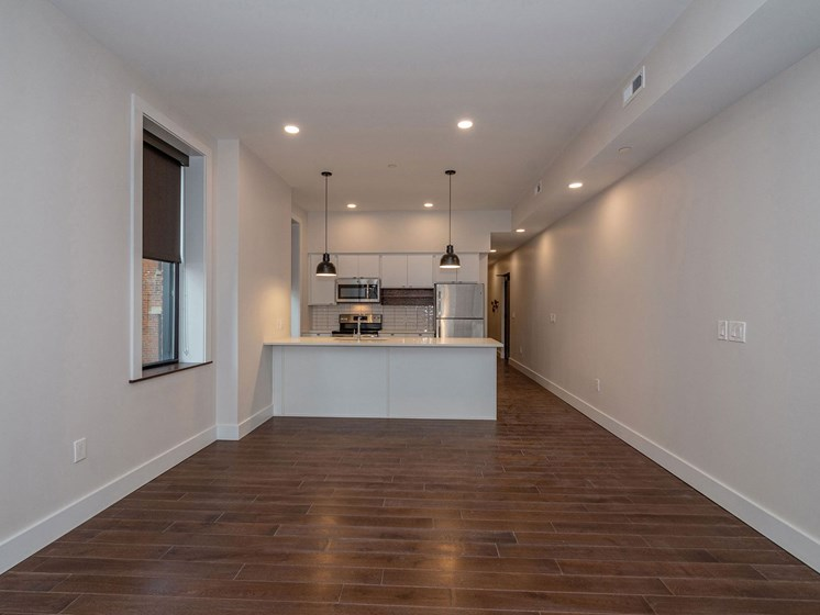 Apartment dining area unfurnished_Columbia Flats Apartments Cincinnati, OH