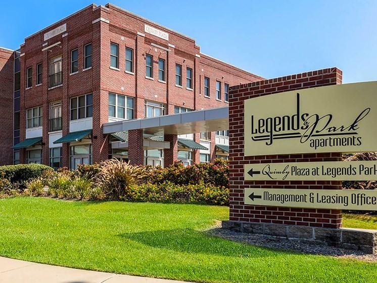 Exterior-Legends Park Apartments, Memphis, TN