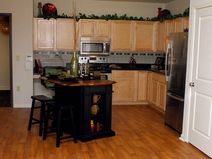 Quimby Plaza Apartments Kitchen