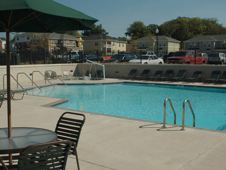 Outdoor pool and pool area-Quimby Plaza Apartments Memphis, TN
