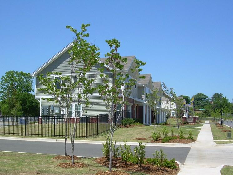 Street view-Metropolitan Village and Cumberland Manor Apartments, Little Rock, AR