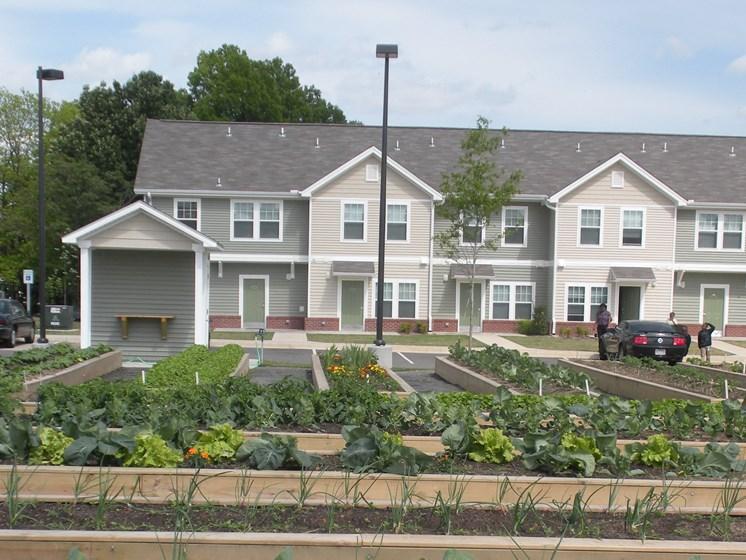 Garden-Metropolitan Village and Cumberland Manor Apartments, Little Rock, AR