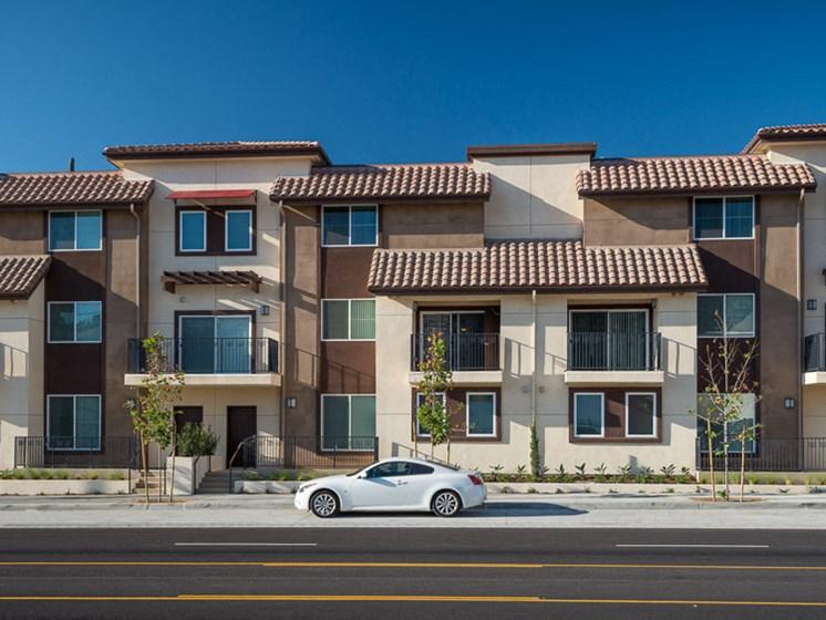 Street view-Rio Vista Apartments, Los Angeles, CA