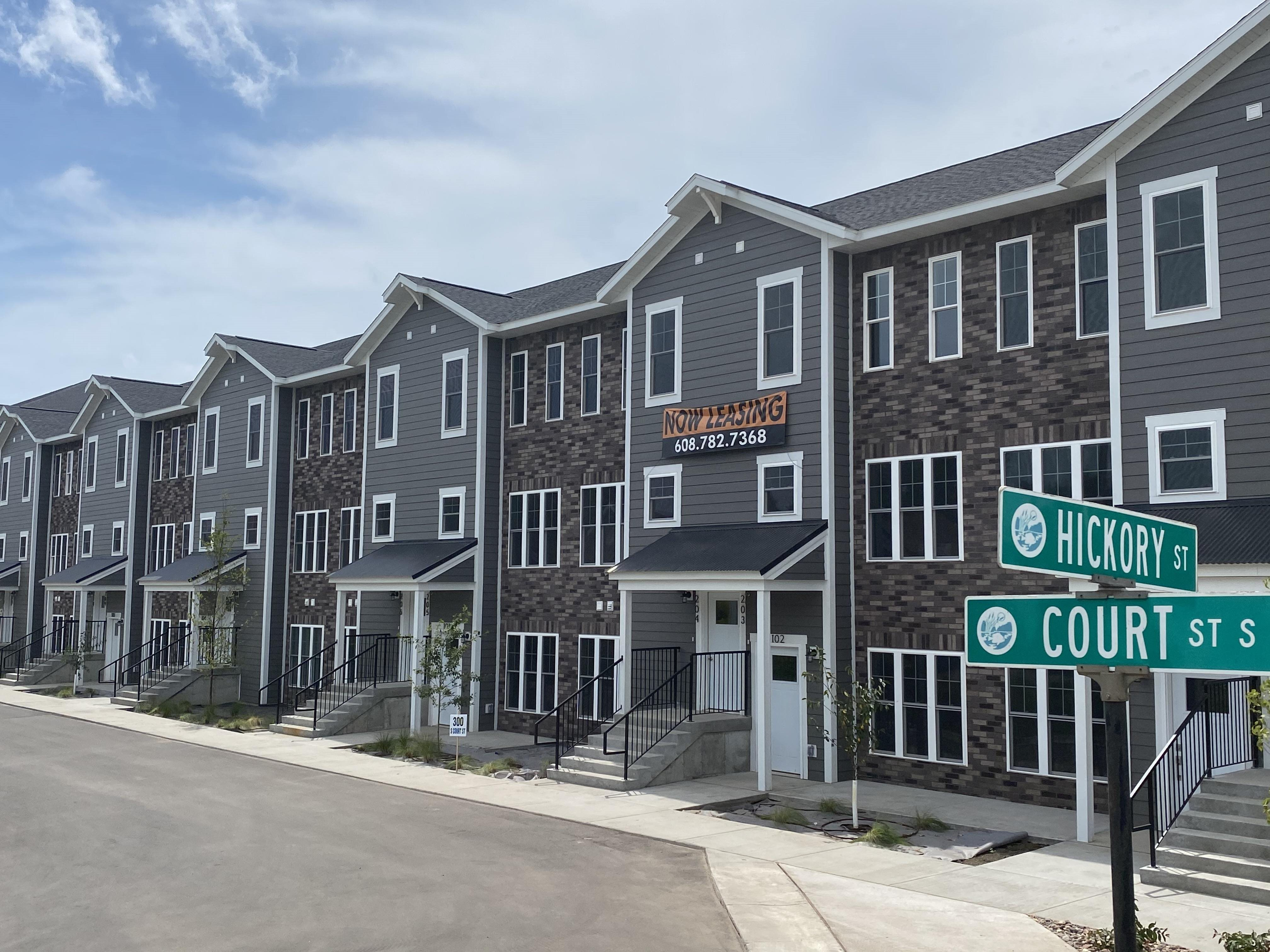 The Great River Residences   GRR   Oriole   Onalaska   1, 2 & 3 BR   Apartment   Townhome   Three Sixty Real Estate