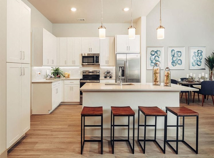 Eat-In Kitchen at Domain at The Gate, Frisco, Texas