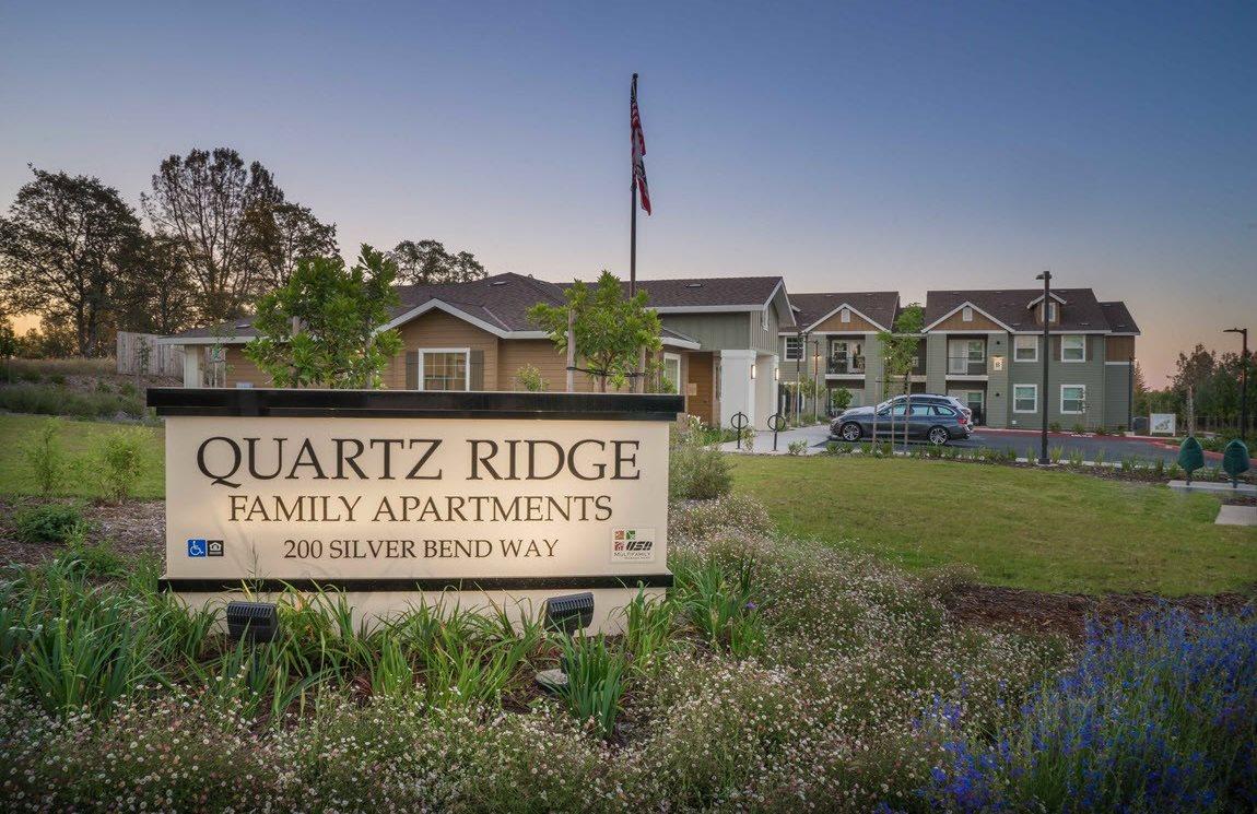 Quartz Ridge sign