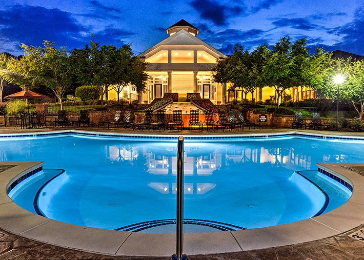 Beautiful Landscaping and Park-like Setting at Abberly Green Apartment Homes, Mooresville