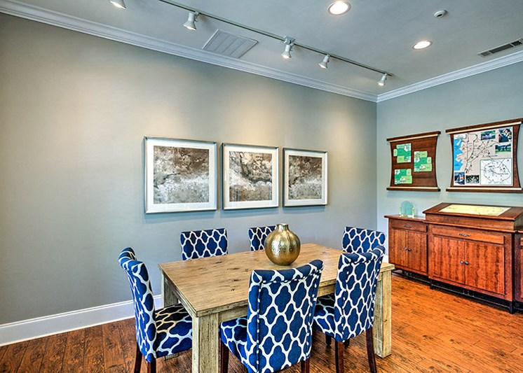 Dining Area at Abberly Green Apartment Homes by HHHunt, Mooresville, NC