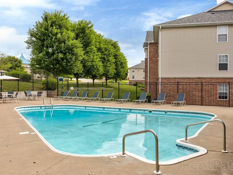 swimming pool at Quail Creek apartments