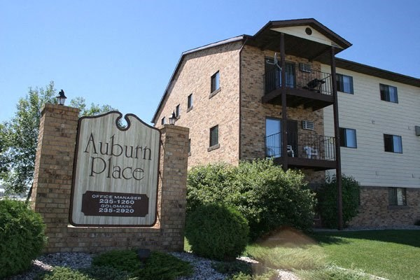 Auburn Apartments   Fargo, ND