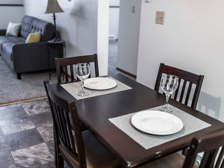 Autumn Apartments | 2 Bedroom | Dining
