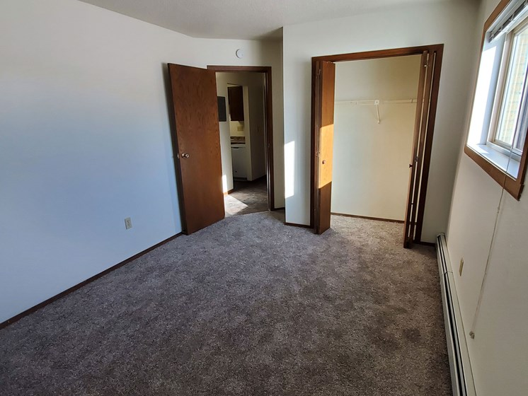 Brookfield Apartments | Bedroom