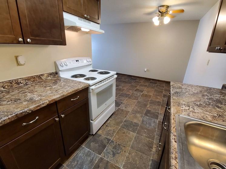 Brookfield Apartments | Kitchen