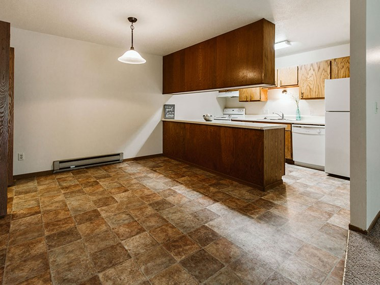 Carling Manor Apartments | Dining Room
