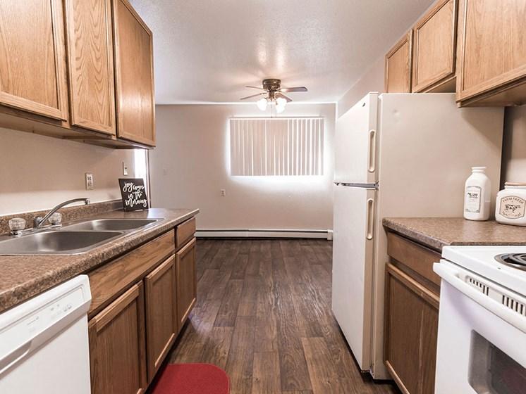 Cherry Creek Apartments | Kitchen