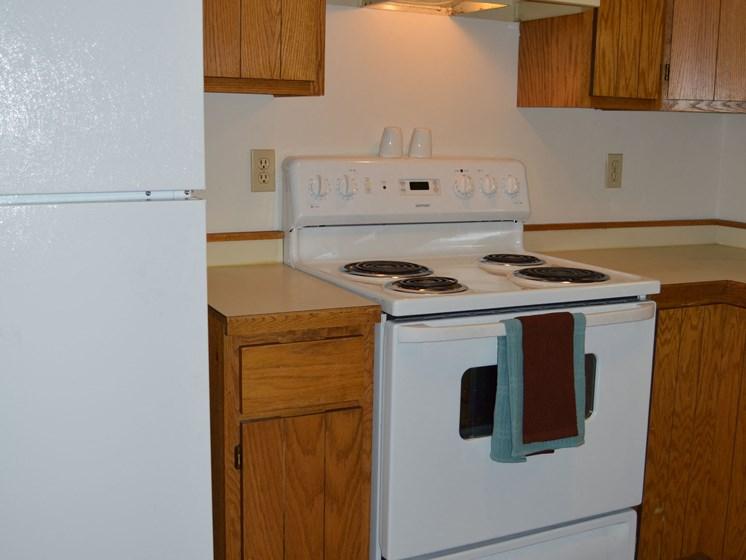 Crescent Park Apartments   Kitchen