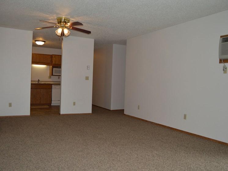 Crescent Park Apartments   Living Room