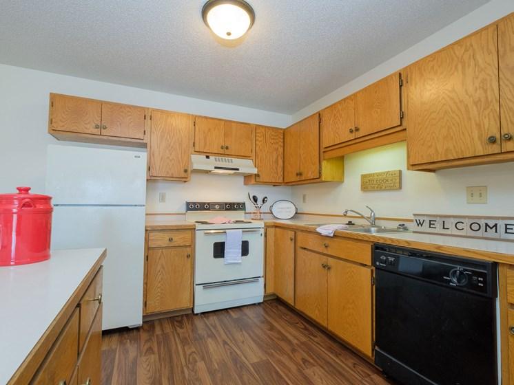 Hunters Run Apartments   2 Bedroom-302   Kitchen