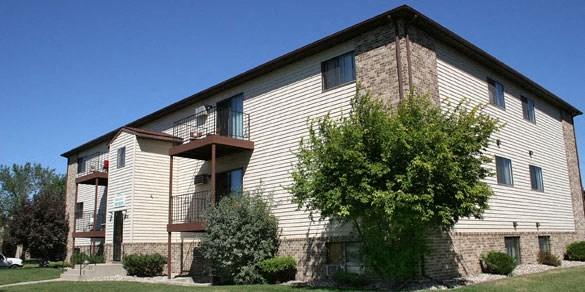 Hunters Run Apartments   Fargo, ND