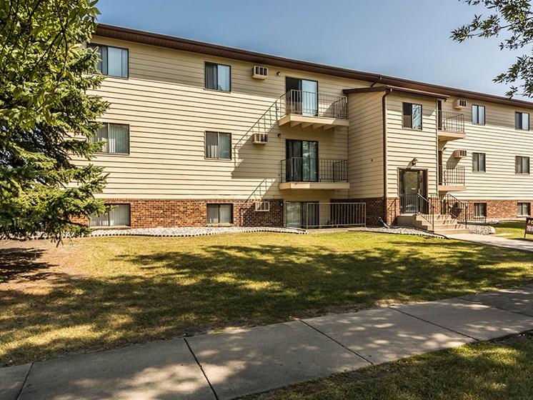Kremer Apartments | Grand Forks, ND
