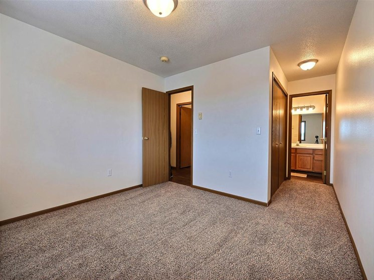 Flagstone Apartments | 2 Bedroom 2 bath | Bedroom