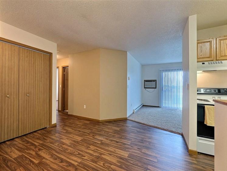 Flagstone Apartments | 2 Bedroom 2 bath | Dining | Living Room