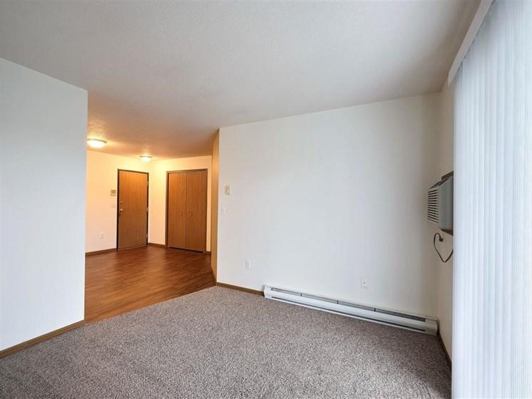 Flagstone Apartments | 2 Bedroom 2 bath | Living Room