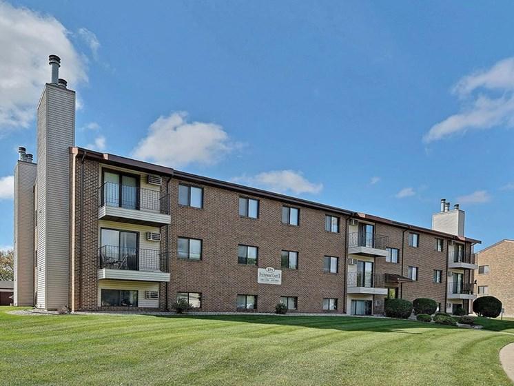 Prairiewood Court Apartments   Fargo, ND
