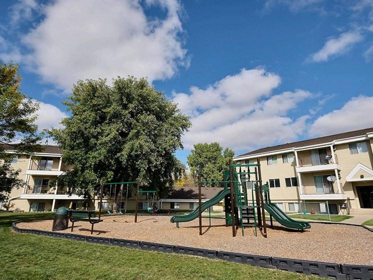 Prairiewood Meadows Apartments   Playground
