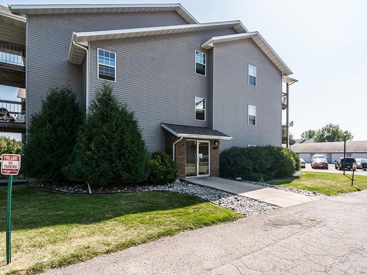 Primrose Court Apartments | Grand Forks, ND