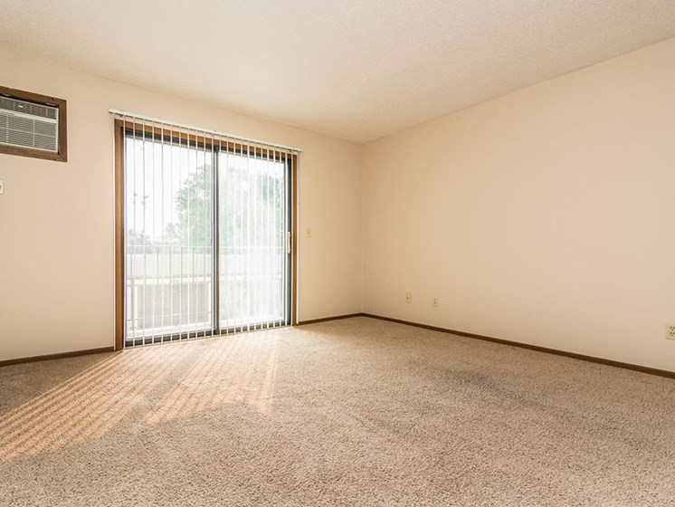 Ridgemont Apartments | Living Room