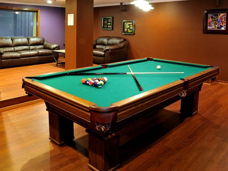 Rosedale Apartments | Community Room | Billiard Table