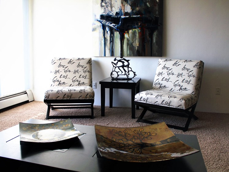 Rosedale Apartments | Living Room