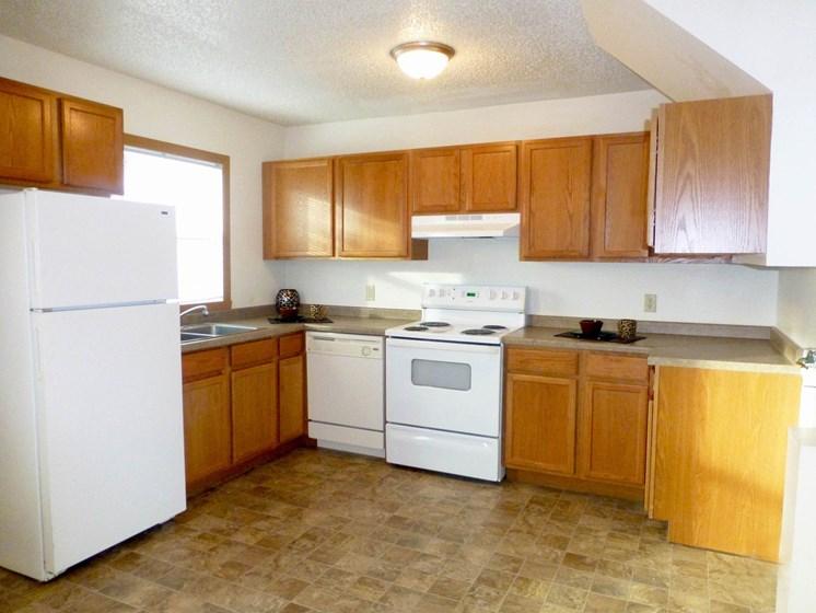 Sheyenne Terrace Townhomes   Kitchen