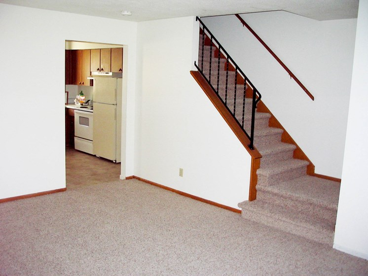 Sheyenne Terrace Townhomes   Living Room