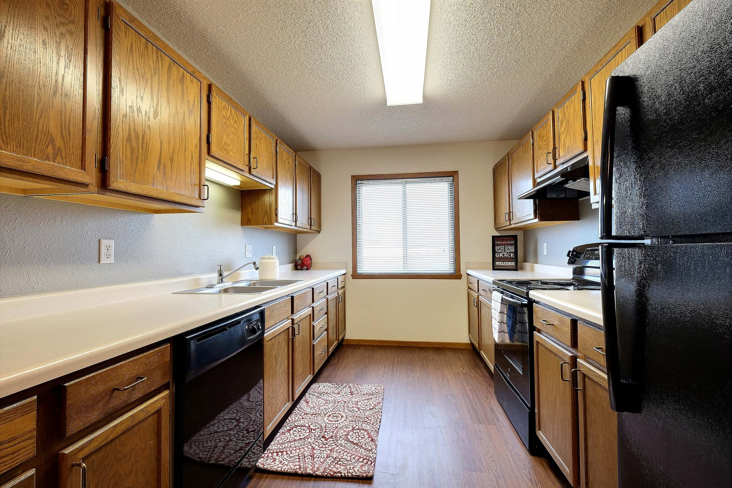 Somerset Apartments | Kitchen