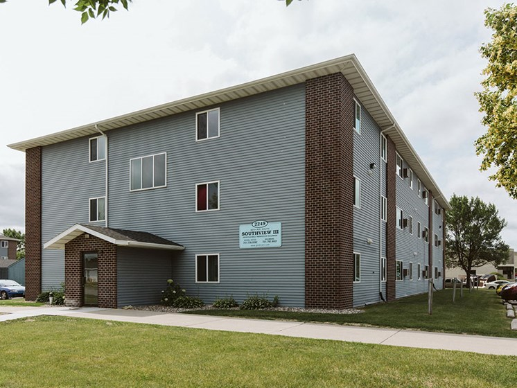 Southview Apartments | Grand Forks, ND