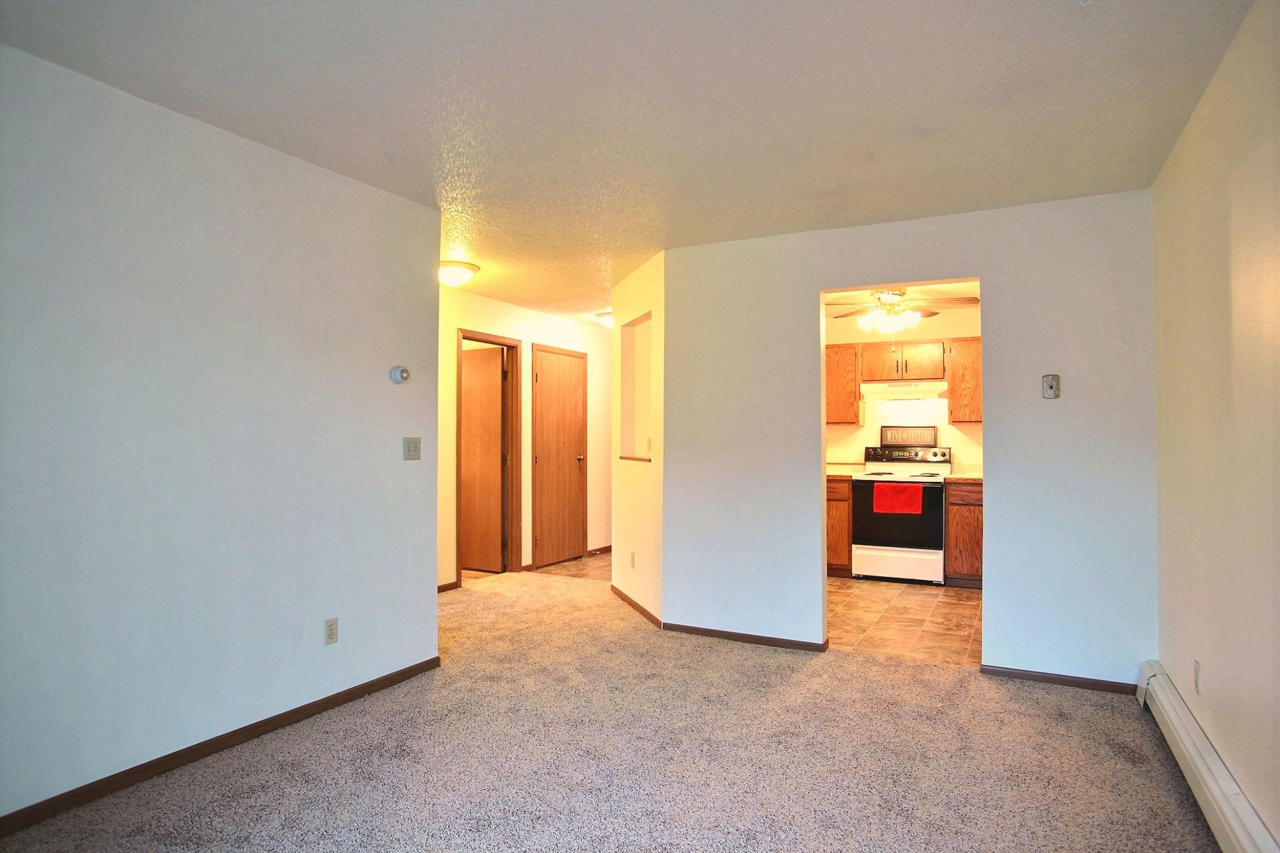 Westwood Estates Apartments | 1 Bdrm - Lvng Rm-Plan A