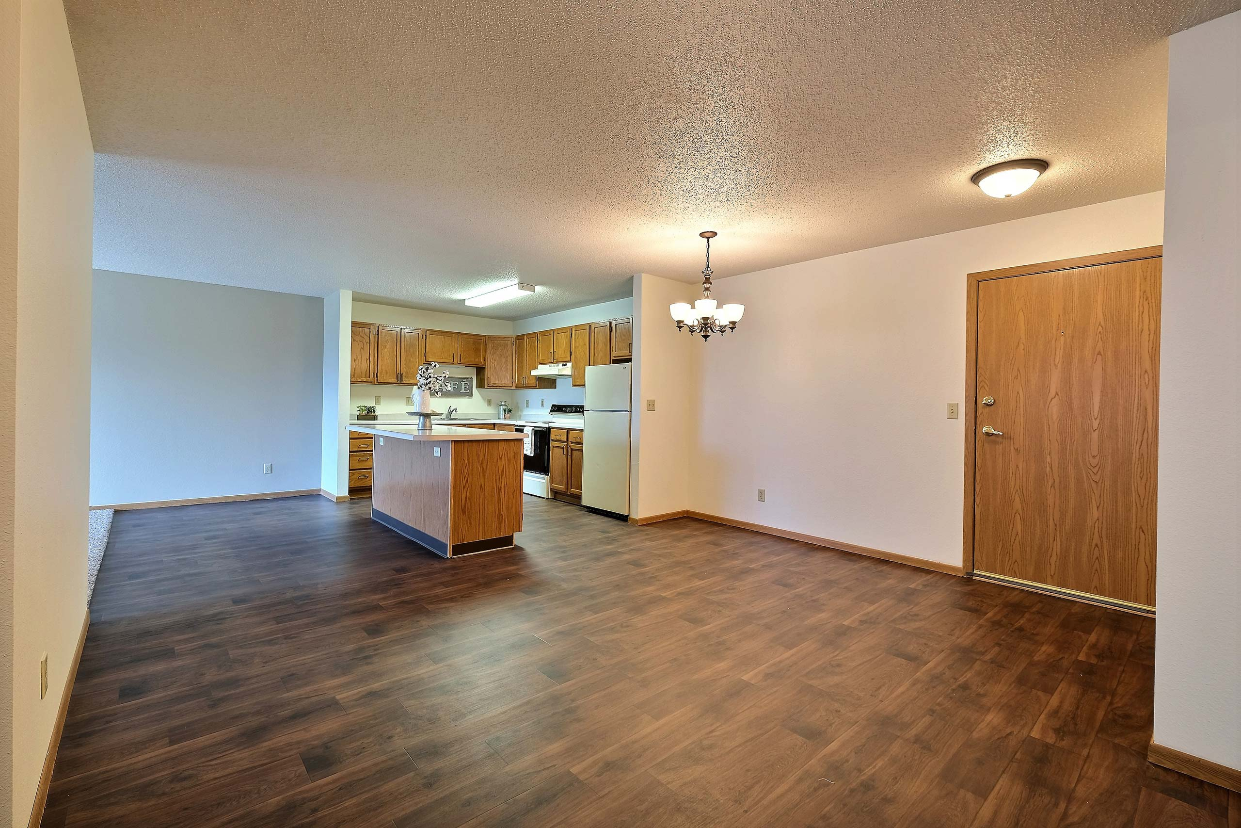 Willow Park Apartments | Dining