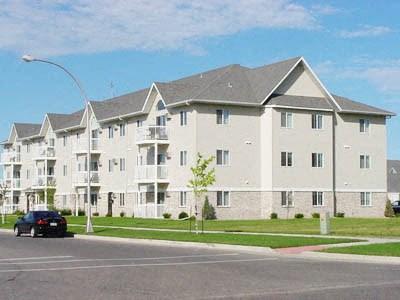 Summit Pointe Apartments | Fargo, ND